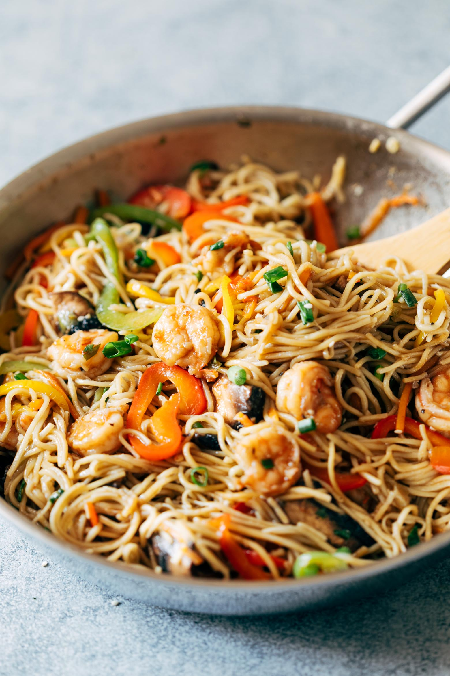 Shrimp Chow Mein is an easy, one pot meal thats loaded with shrimp, fresh vegetables and flavour. Its the best way to get weeknight dinner on the table in under 30 minutes and is better than takeout!